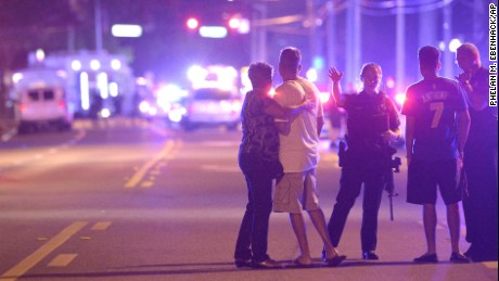 Deadly Orlando shooting attack in 90 seconds