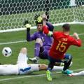 04 Spain Czech Euro 2016