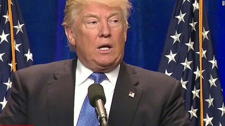 Trump again calls for ban on Muslim immigrants