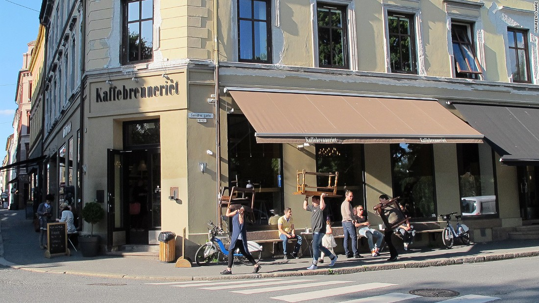 Founded in 1994, Kaffebrenneriet is a chain of Norwegian coffee shops that sprang up during the first post-Starbucks wave of European coffee shops in the '90s.