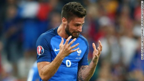 Olivier Giroud endured a frustrating night for France.
