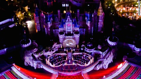 Is Shanghai Disneyland worth a visit? The Theme Park Guy weighs in