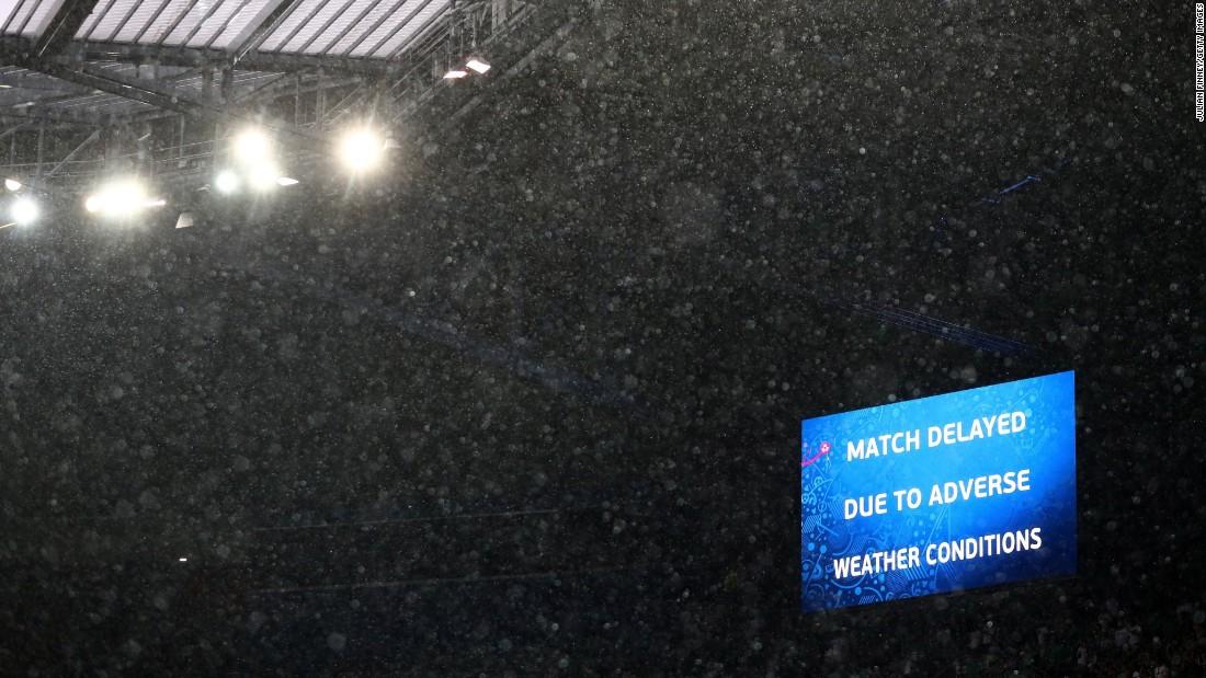 Hail falls in Lyon.