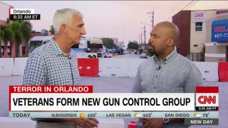 Veterans form new gun control group_00021204