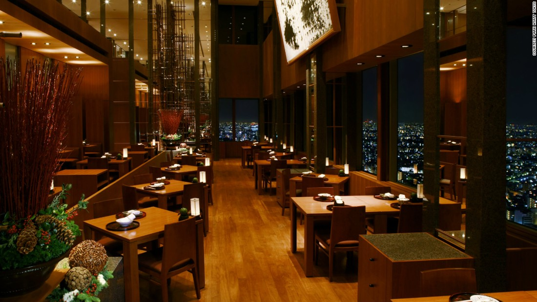 "On a clear day guests can see as far as Mount Fuji while dining at <a href=""http://Tokyo.park.hyatt.com"" target=""_blank"">Park Hyatt Tokyo's</a> Japanese fine dining restaurant Kozue. Seasonal home-style food is plated on beautiful tableware that showcases Japanese craftsmanship."