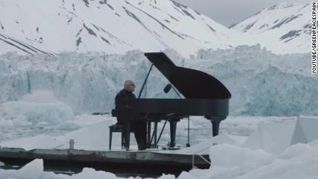 Pianist performs Arctic Ocean glacier jnd orig vstan_00002627