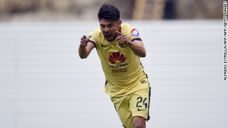 Oribe Peralta of America celebrates his goal against Morelia during their Mexican Clausura 2016 tournament football match at the Azteca stadium on March 5, 2016, in Mexico City. The match is in tribute to former football player, Cuernavaca Mayor Cuauhtemoc Blanco. AFP PHOTO/ALFREDO ESTRELLA / AFP / ALFREDO ESTRELLA        (Photo credit should read ALFREDO ESTRELLA/AFP/Getty Images)
