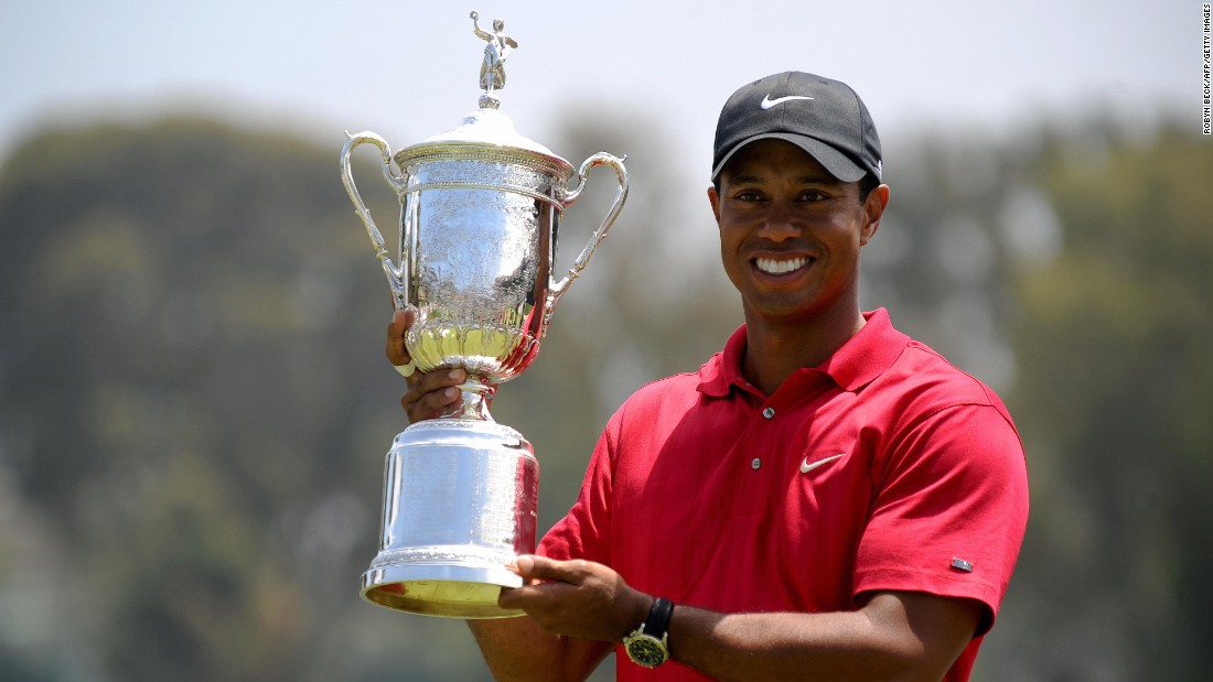 Woods won the U.S. Open in 2008 -- his last major victory to date. He was later diagnosed with two fractures of his left tibia and knee ligament damage and missed the next two majors after surgery.
