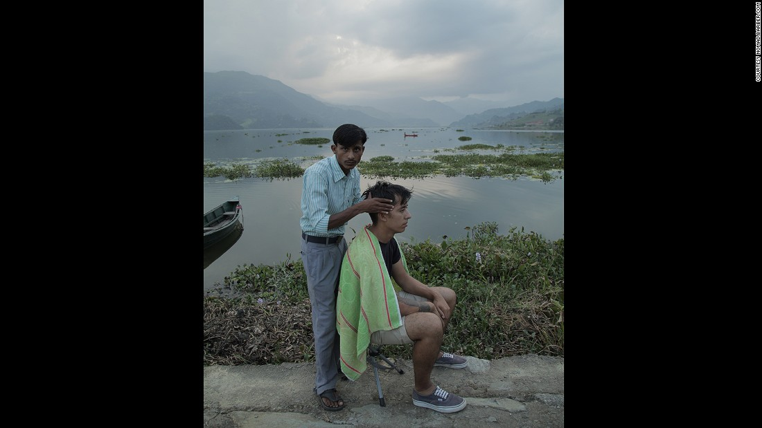 Gutierrez (in the stool this time) received one of the best head massages he can recall in Pokhara, Nepal.
