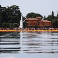 christo floating piers 10