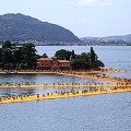 christo floating piers 6