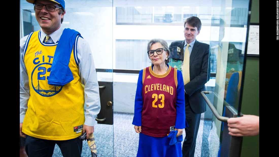 "U.S. Sen. Barbara Boxer wears a Cleveland Cavaliers jersey to pay off an NBA Finals bet with U.S. Sen. Sherrod Brown on Wednesday, June 22. Boxer, a California Democrat, lost the bet with the Ohio senator after the Cavaliers <a href=""http://www.cnn.com/2016/06/19/sport/gallery/nba-finals-game-7/index.html"" target=""_blank"">defeated the Golden State Warriors</a> in seven games. Boxer also had to hand over beer from California's 21st Amendment Brewery."