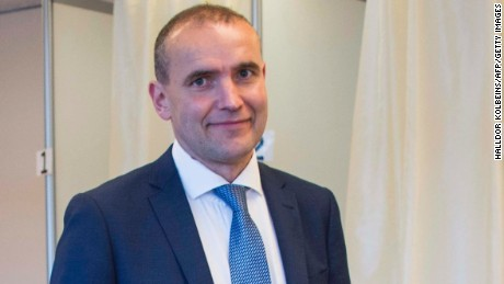 Presidential candidate Gudni Johannesson casts his ballot at a polling station in Reykjavik, on June 25, 2016. Iceland began voting in a presidential election, two months after the Panama Papers scandal tainted part of the political elite, with newcomer Gudni Johannesson seen clinching an easy victory. / AFP / HALLDOR KOLBEINS        (Photo credit should read HALLDOR KOLBEINS/AFP/Getty Images)
