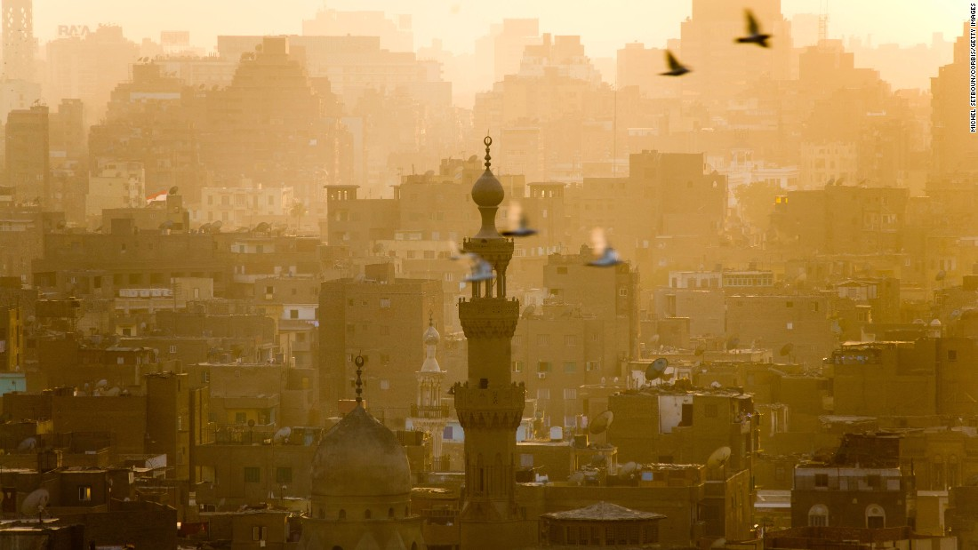 Despite the current challenges facing national governance, the old city district of Cairo, Egypt still beckons.