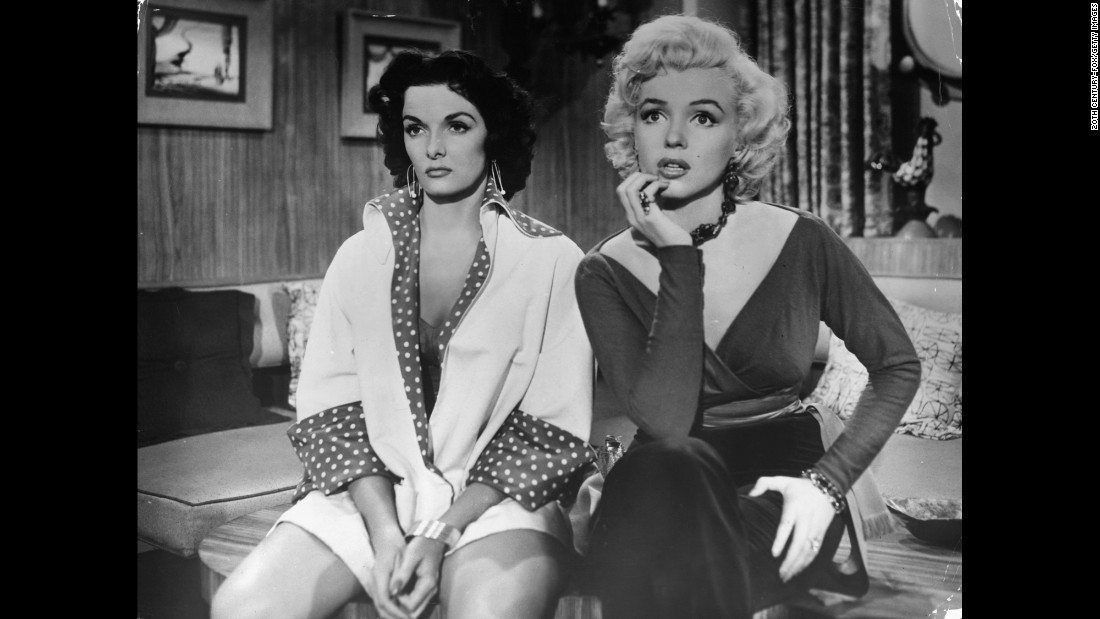 "<strong>""Gentlemen Prefer Blondes"" :</strong> Jane Russell and Marilyn Monroe star in this 1953 classic. <strong>(Netflix) </strong>"
