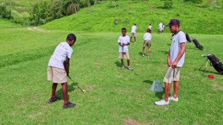 cnnee vive golf alentando el talento joven brasileño_00022225