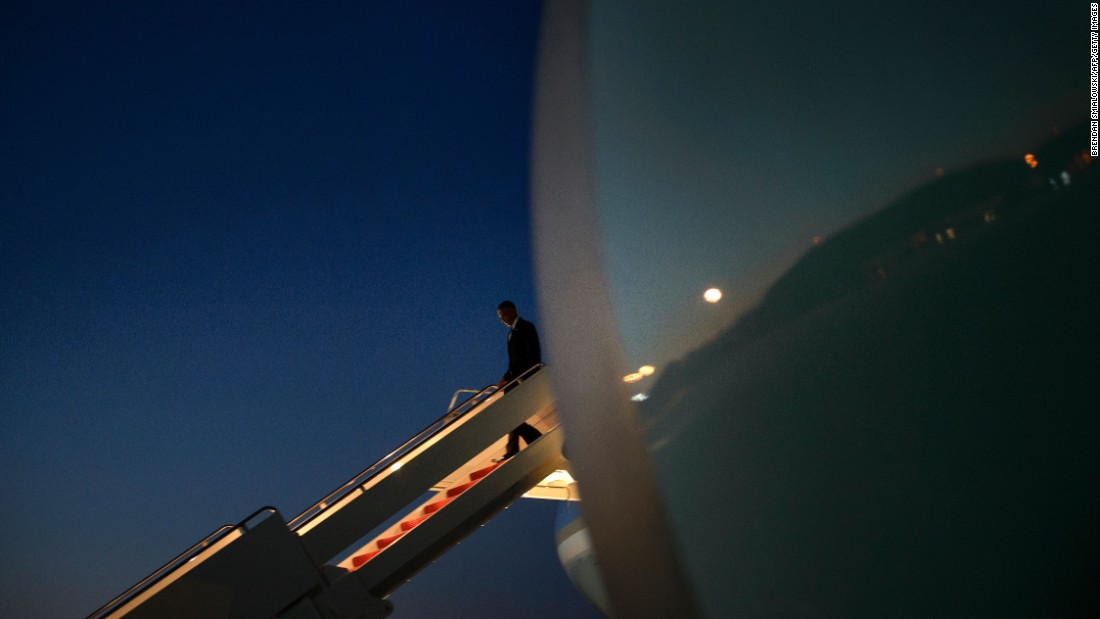 U.S. President Barack Obama steps off Air Force One after returning from Ottawa on Wednesday, June 29.