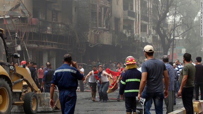 Car bomb attacks hit shopping districts in Baghdad
