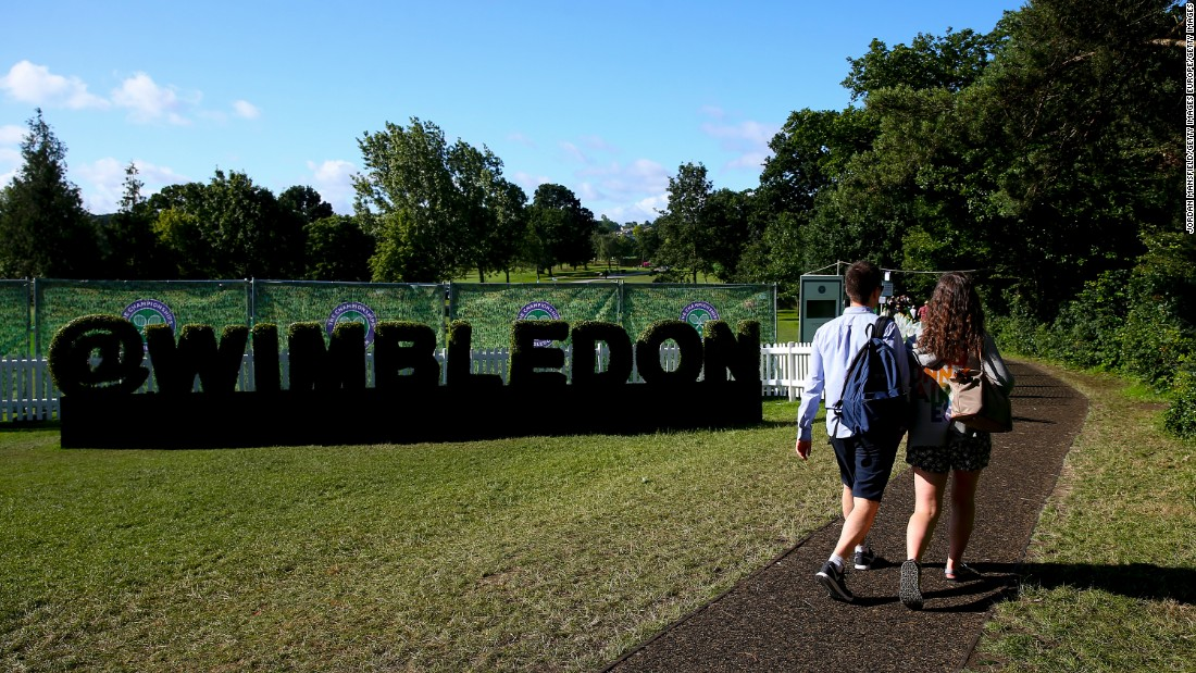 Wimbledon welcomed tennis fans on the middle Sunday of the tournament for the first time since 2004. Bad weather had forced organizers to hold play on a day where traditionally there is no tennis.