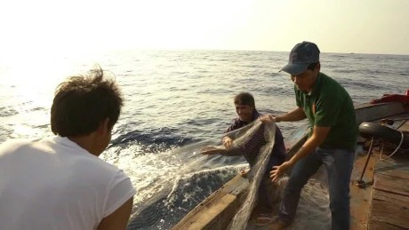 Fishermen caught up in South China Sea tensions