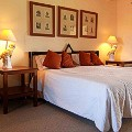Ol-Pejeta-House-guest-room.-Credit-Serena-Hotels