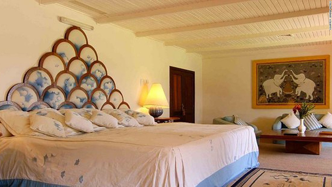"Among <a href=""http://www.serenahotels.com/serenaolpejeta/default-en.html"" target=""_blank"">Ol Pejeta</a>'s many opulent features are a drawing room with baronial fireplace, a personal chef who tailors menus to the tastes of each guest, four bedrooms and a guest cottage, as well as two swimming pools and extensive gardens."