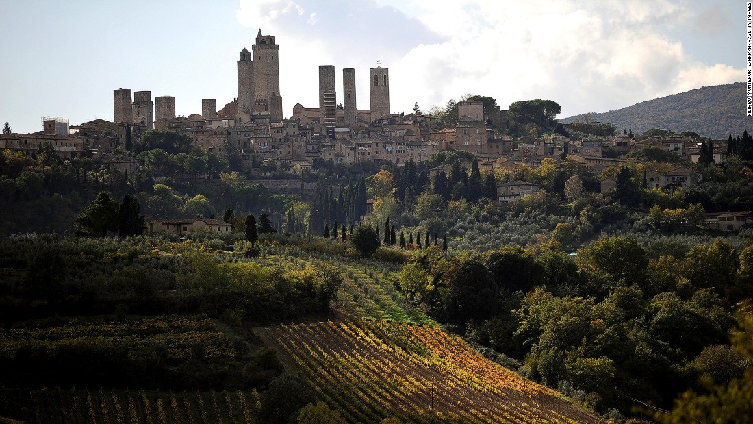 One of the wine routes in Tuscany runs past San Gimignano, a UNESCO World Heritage village famous for its Vernaccia wine.