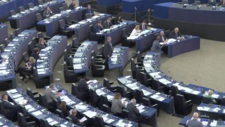 EU parliament debates pkg shubert_00002109