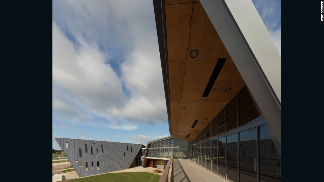 The award-winning Devonport Surf Life Saving Club in Tasmania also took the waves of the ocean as inspiration and was designed to blend in with its dynamic coastal environment, according to the architects, JAWS Architects.