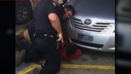 Alton Sterling shot and killed by police in Baton Rouge