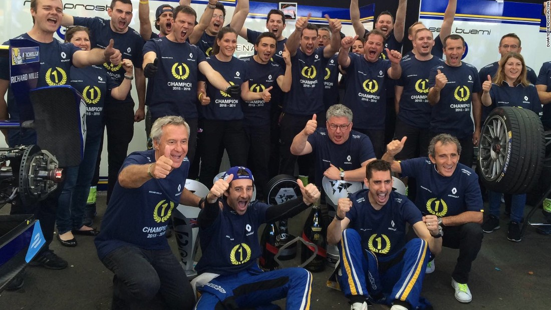 The Renault team celebrating in the pit garage. The French team's results in London ensured it won the 2015-16 Formula E Constructors' title.