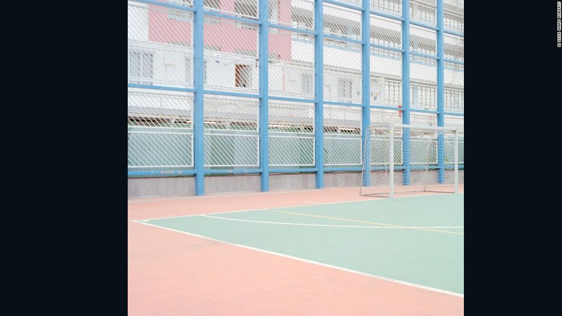 courts ward roberts 09