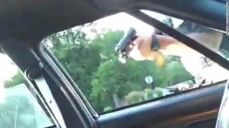 Philando Castile shooting aftermath streamed live