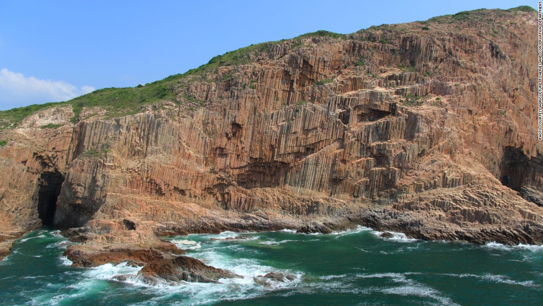 Ung Kong is a group of three small islands in southeastern Hong Kong, made up of Bluff Island, Basalt Island and Wang Chau, where a natural mural of hexagonal rock columns lines the coast.