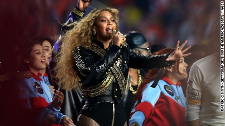 Beyoncé: 'Stop killing us'