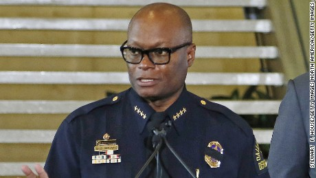 Dallas police chief praises officers during shootings
