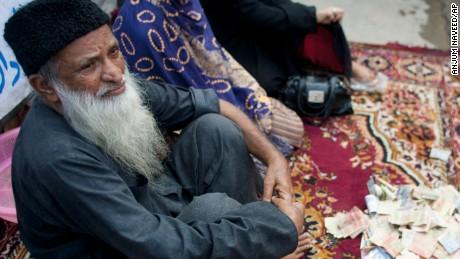 Pakistani philanthropist and humanitarian Abdul Sattar Edhi has died, he was 88.