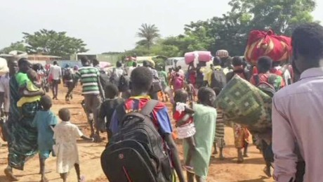 Displaced people flee amid fighting in South Sudan