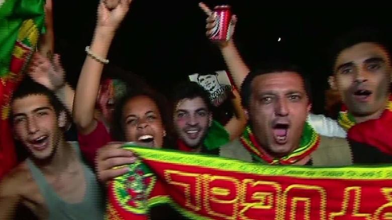 lisbon portugal fans_00001624