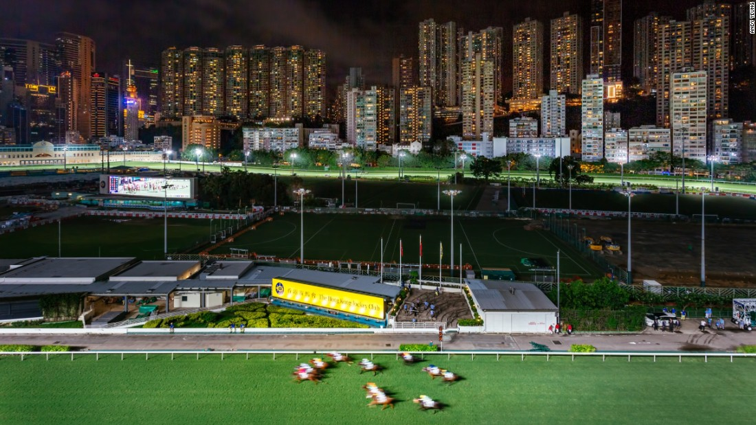 The swampland-turned-racecourse, now surrounded by tall residential buildings, is a world-class venue for horse racing. Races were first held in 1846. Today it continues to be an electrifying event for Hong Kongers and tourists every Wednesday.