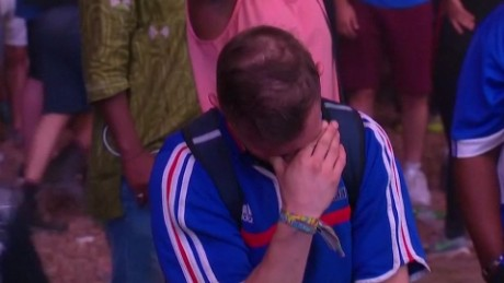 portugal fan crying france fan orig_00000013