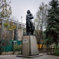 RESTRICTED - ackermann lenin statue 12