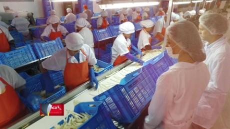 cnnee pkg web fuerza en movimiento peru viru agroindustria gabriela frias_00003405