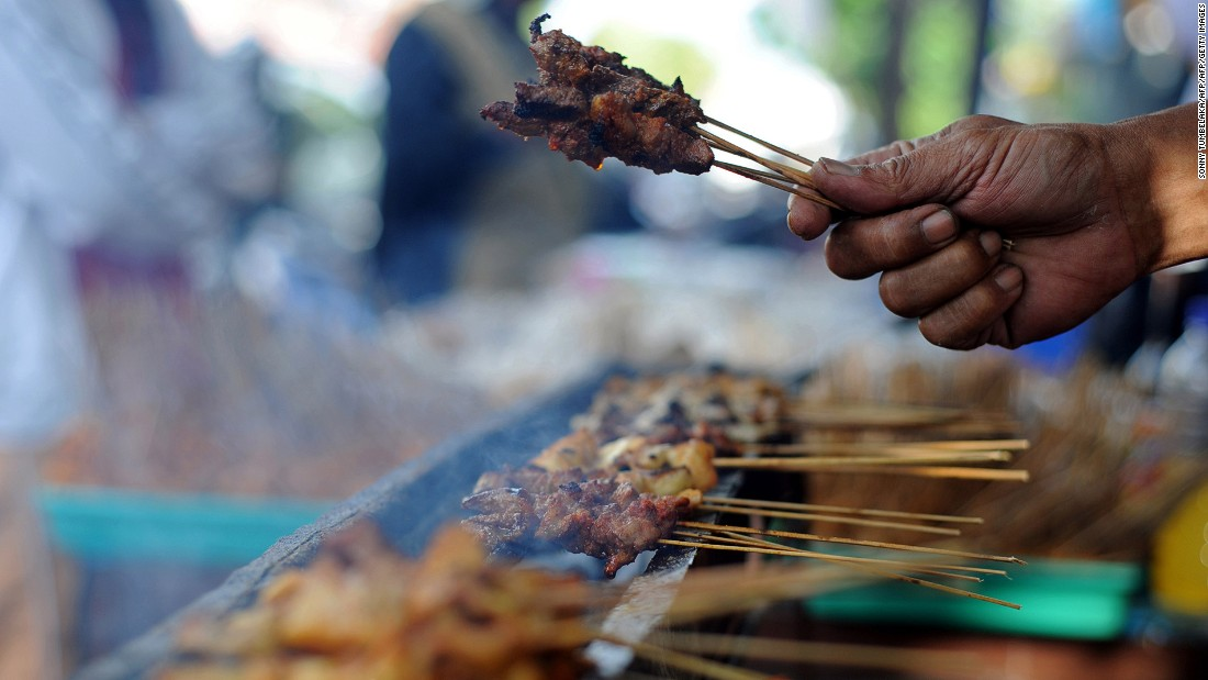 The best satay sticks in Bali are marinated in turmeric, barbecued over coals and then coated with a generous dose of peanut sauce.