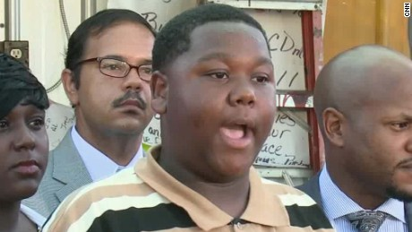 alton sterling son cameron speaks out_00003010