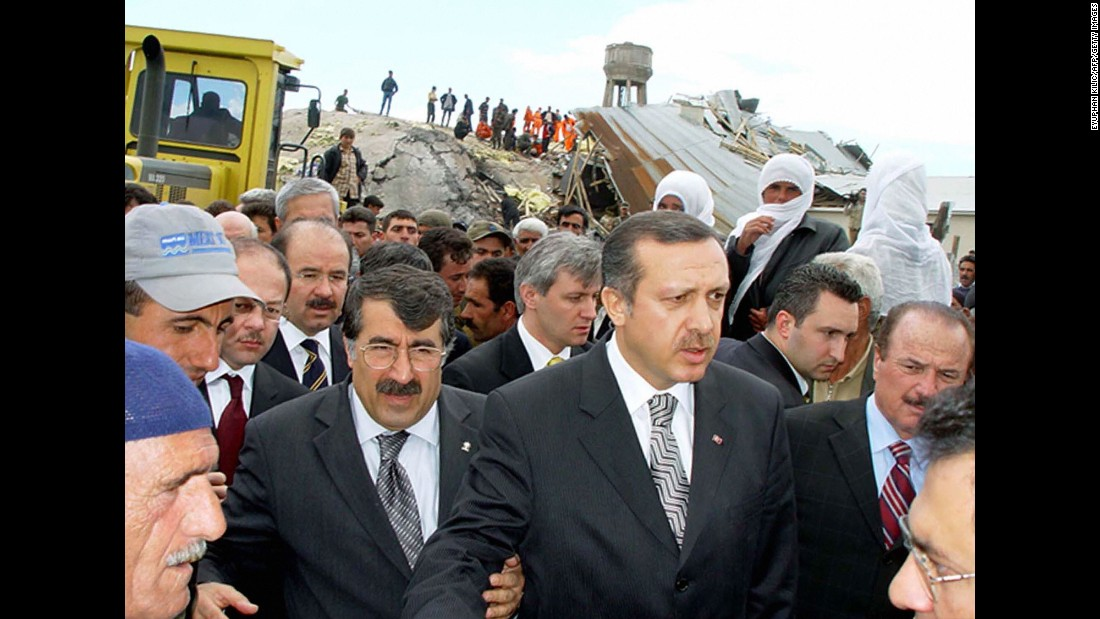 Erdogan oversees the rescue efforts in the eastern province of Bingol on May 1, 2003, following a 6.4 magnitude earthquake that rocked the Turkish region.
