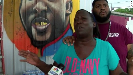 baton rouge alton sterling aunt sot_00005020