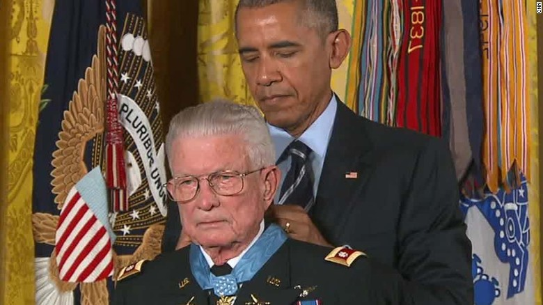 medal of honor lt col charles kettles obama sot atthishour_00010218
