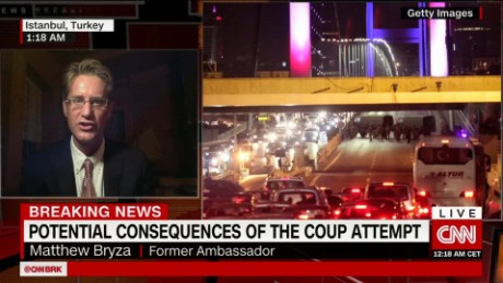 exp Turkish Government Cracks Down After Failled Coup_00010225
