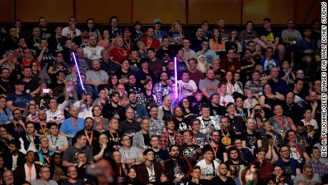 """Fans eagerly awaiting the cast of """"Rogue One."""""""